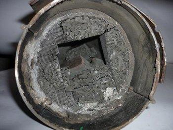 ситроен с5 ошибка катализатора запах в салоне